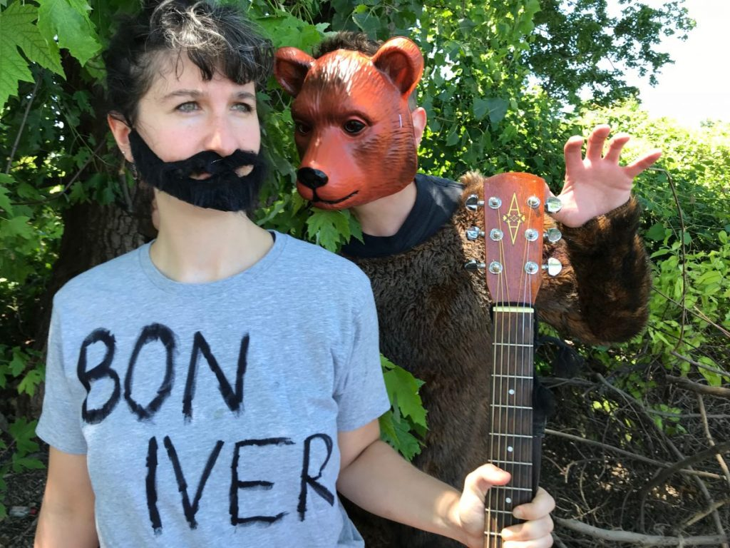 Bon-Iver-fights-a-bear