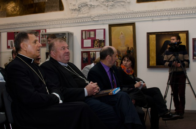 Мечислав Мокшицький і Мар'ян Бучек на презентації книги.