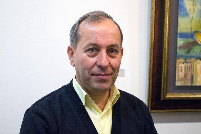 Роман Опалинський на відкриття персональної виставка в галереї сучасного мистецтва «Зелена канапа»