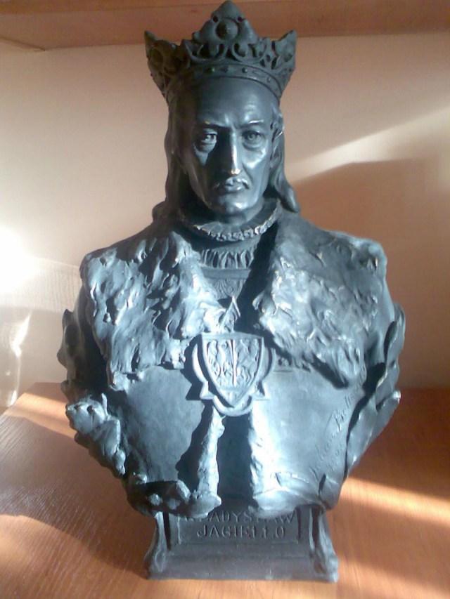 Погруддя Владислава ІІ Ягайла роботи Юліуша Белтовського. Фото з www.wikiwand.com