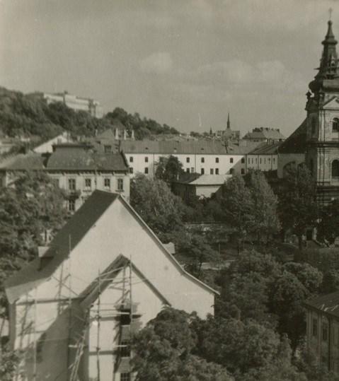 Реконструкція фасаду Порохової вежі. Фото 1956-1973 рр.