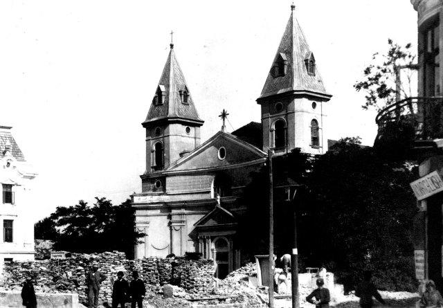 Фото костелу Святої Урсули, поч. ХХ ст.