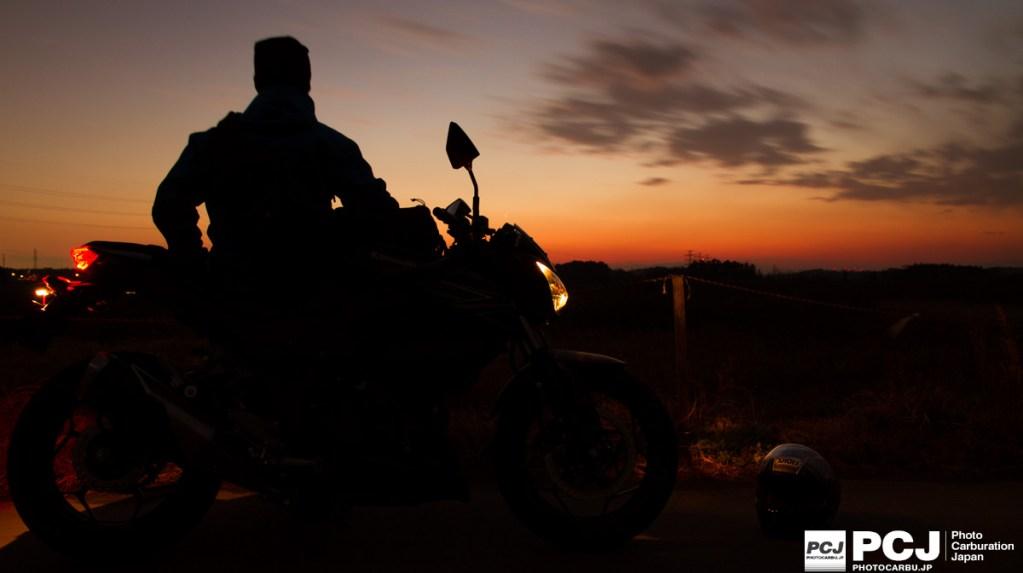 夕焼けとバイクと私