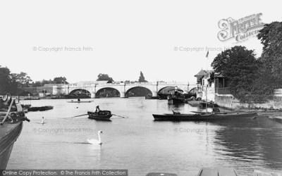 Kingston Upon Thames, The Bridge 1906 - Francis Frith