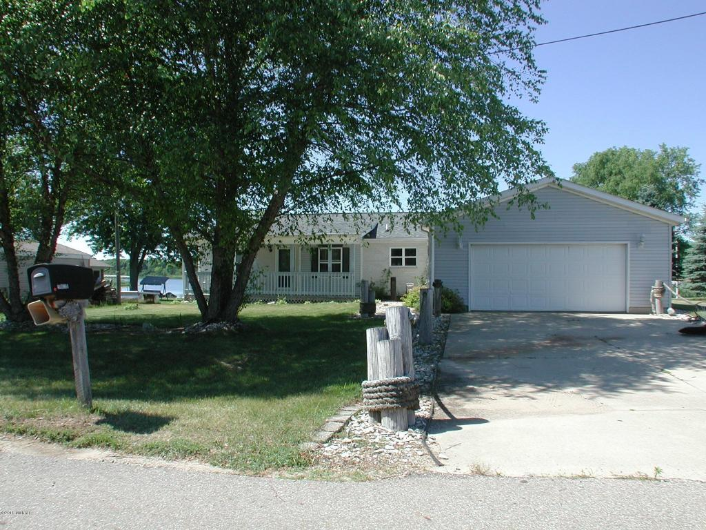 Michigan Waterfront Property in Cass County Lakes, Diamond Lake, Finch Lake, Mud Lake, Dowagiac ...