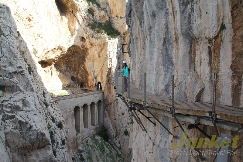 how to walk caminito del rey guide