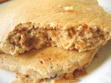 carrot raisin oatbran pancakes