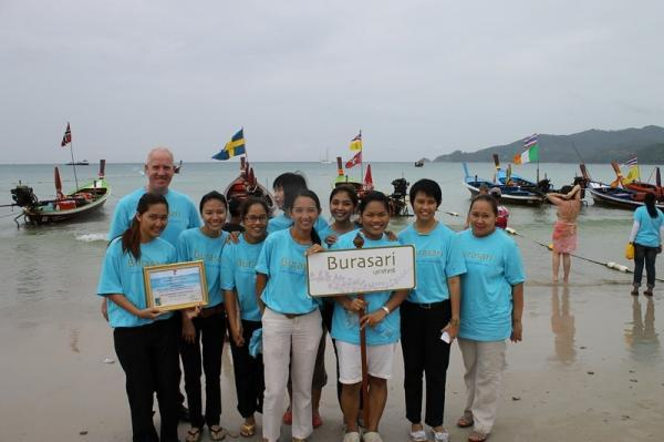 Patong Beach Clean up