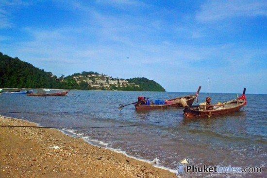 Phuket clean up Laem Took-Kae