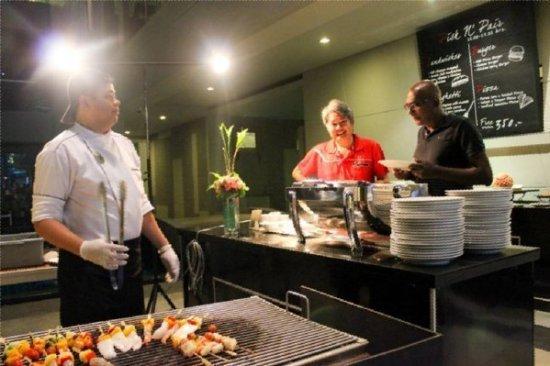 Phuket's The KEE welcomes Malaysian Ferrari Club