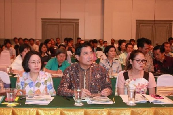 Phuket officials hold Southern Rail project meeting