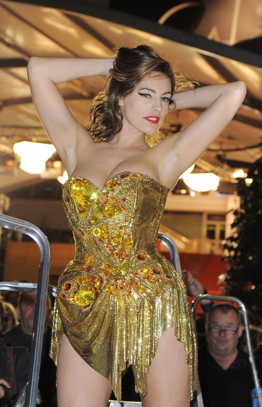KELLY-BROOK-playboy-cannes-2012