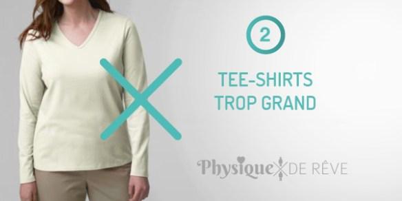 tee-shirt trop grand et ventre rond