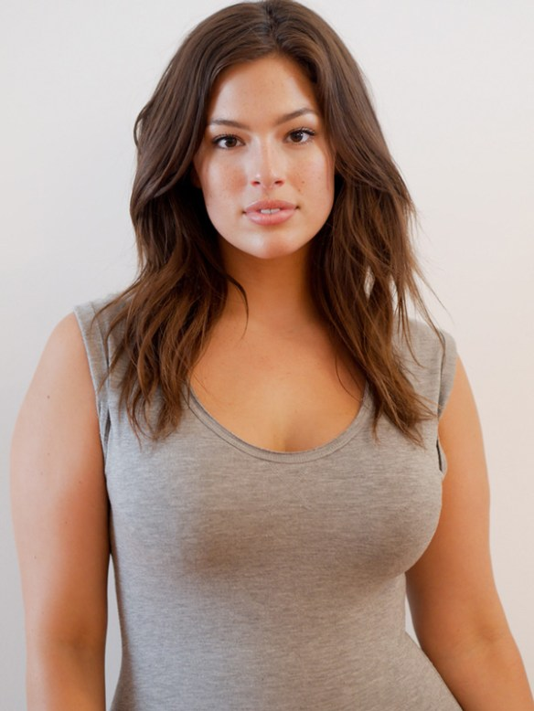 ashley-graham-belle-naturel-ronde