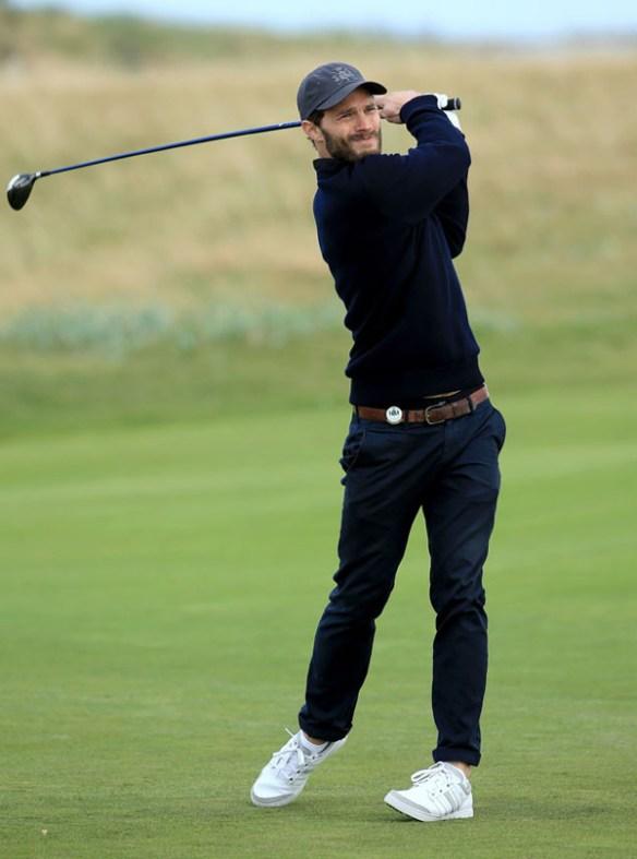 jamie-dornan-sport-golf