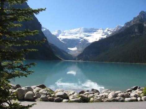 Lake-Louise-Alberta-Canada1