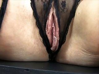 mature huge saggy tits