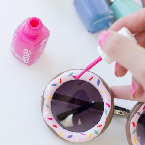 13 Things You Can Do With Nail Polish-Nail Polish Crafts, Crafting With Nail Polish, Things to Do With Nail Polish, Crafts, Easy Crafts, Quick Craft Projects, Quick Craft Projects With Nail Polish, Decorating With Nail Polish