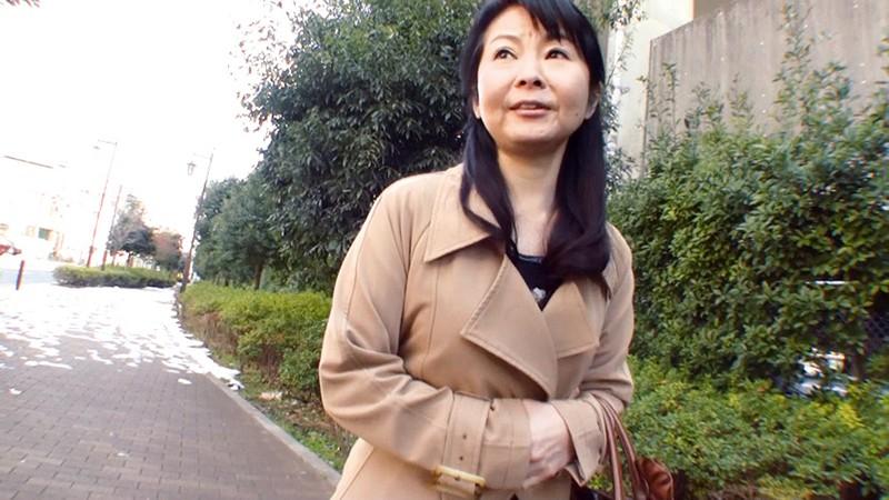 OFKU-081-1 上京してきた五十路義母