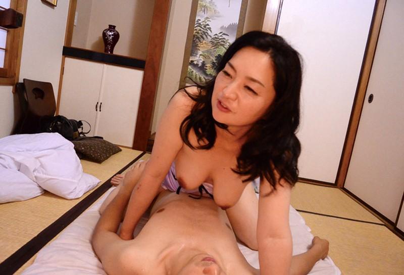 OFKU-081-6 上京してきた五十路義母