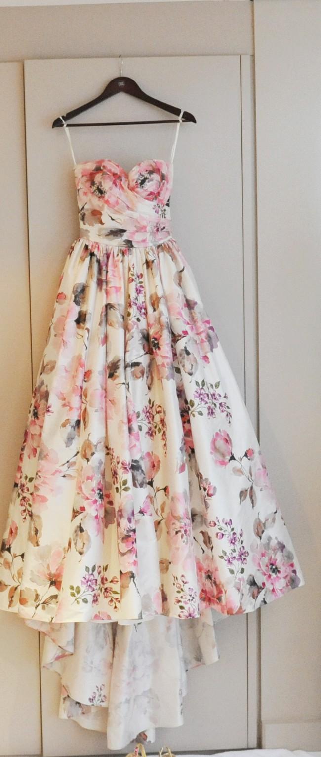 second hand wedding dresses Wendy Makin Katelyn Second Hand Wedding Dress Still White