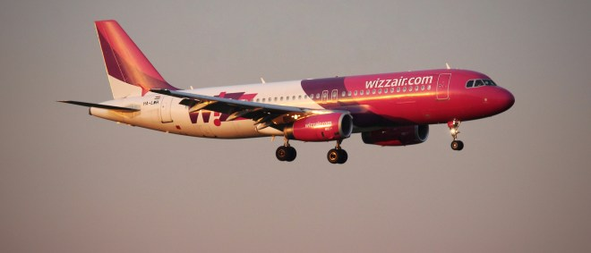 Witzair A320 Final Cologne
