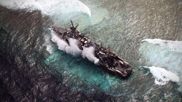 us-navy-ship-tubbataha-01202013