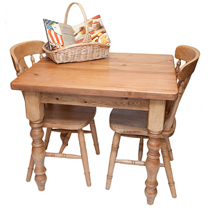 small-reclaimed-pine-cottage-table-1318536410