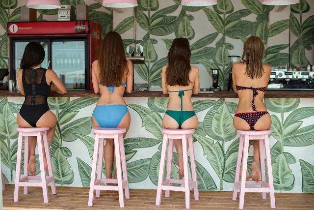 По дороге на… Одессу: о чем говорили девушки Pink