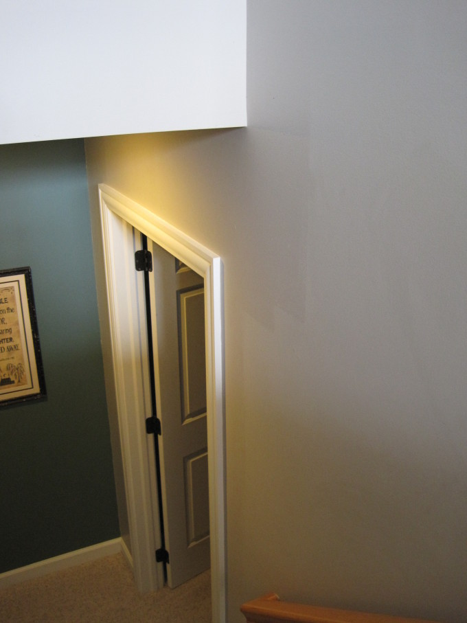 Tip for painting walls and furniture: keep a wet edge