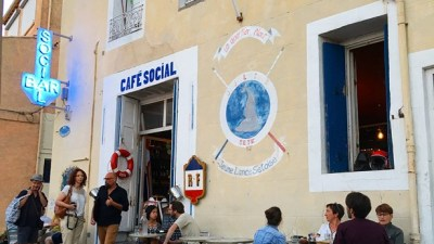LE CAFE SOCIAL // restaurant d'amis et QG des vrais Sètois