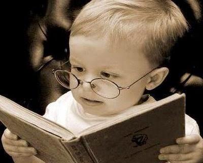bebe-lendo-livro111