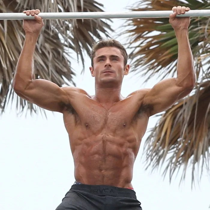 How Zac Efron Got Those Muscles for  Baywatch  How Zac Efron Got So Hauntingly Swole for Baywatch