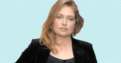Godless: Merritt Wever Interview on Playing Mary Agnes McNue