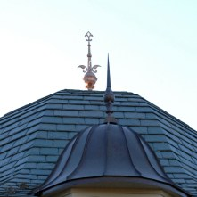 2-finials-2-roofs