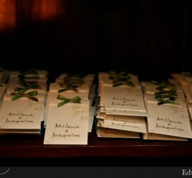 Lembrancinha de casamento: pacote de sementes. Foto: Edu Federice.