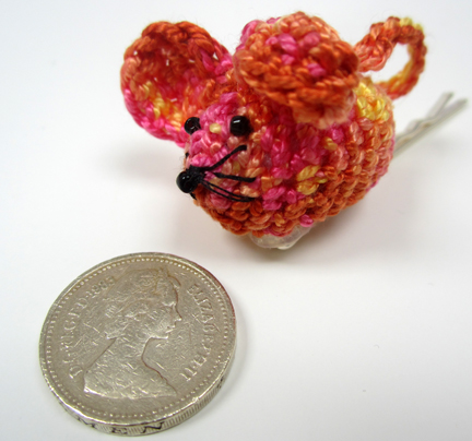 Mouse with £coin