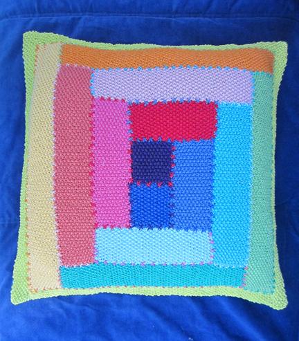 Log Cabin knitted moss stitch cushion