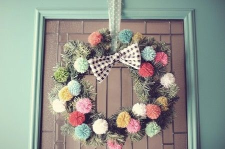 pompom wreath - christmas countdown day 5