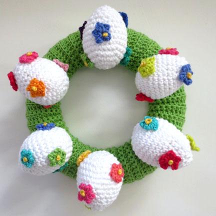 crochet eggs on ring