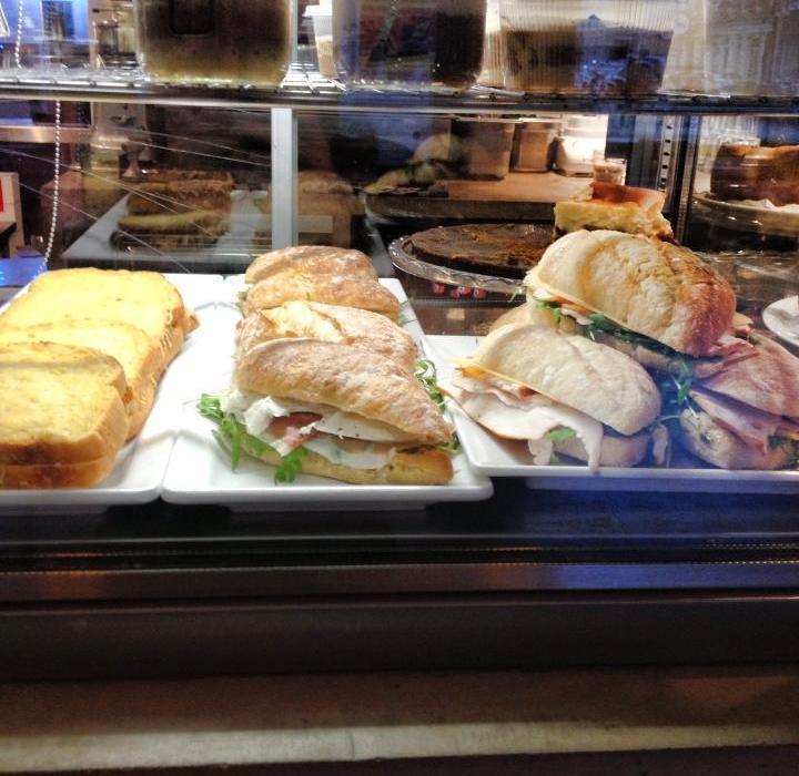 De Stadskantine_warme broodjes-0