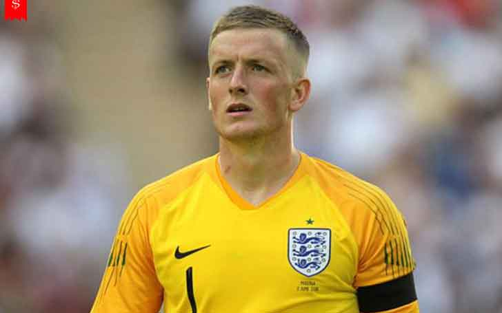 Age 24  1 85 m Tall England National Football Team s Goalkeeper     Jordan Lee Pickford is an English professional footballer who plays as a  goalkeeper for Premier League club Everton and the England national team