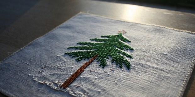 [:en]Liebevolle Kreuztichentwurfe stitched winter tree