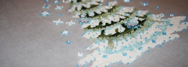 [:ru]Нора Корбетт Новогодняя Елочка 2010 вышита шелковыми ниточками Crescent Colors и бисером Mill Hill
