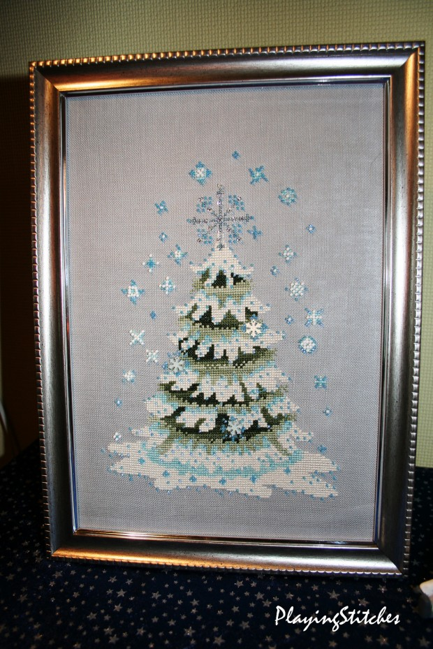 [:en]Nora Corbett Christmas Tree 2010 stitched and framed