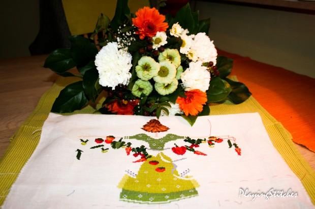 [:en]Liebevolle Kreuztichentwurfe Lulu Belle My Garden carrots tomatoes peppers onions