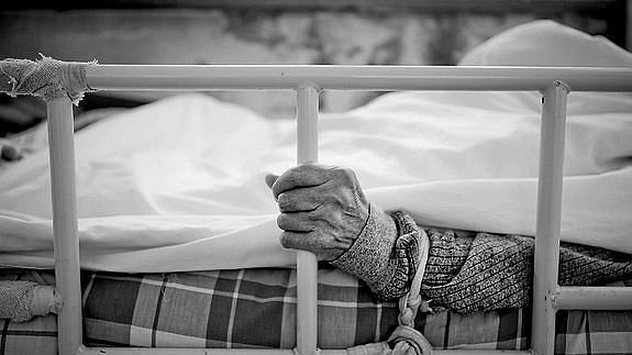 contencion en personas mayores plena identidad
