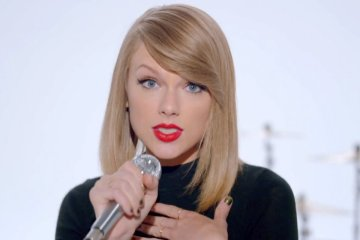 taylor-swift-cusica-plus