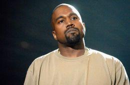 Kanye West comienza su Saint Pablo Tour en una tarima flotante. Cúsica Plus