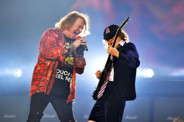 AC/DC. Axl Rose. Manager. Guns N' Rose. Rock or Bust Tour. Cúsica Plus